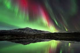 Stunning Saturday #1 – The Northern Lights (Aurora Borealis)